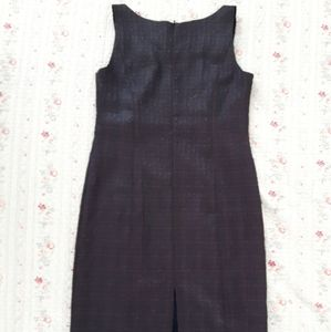 By D'Onaz- MID LENGTH DRESS FAUX LEATHER/TEXTURED